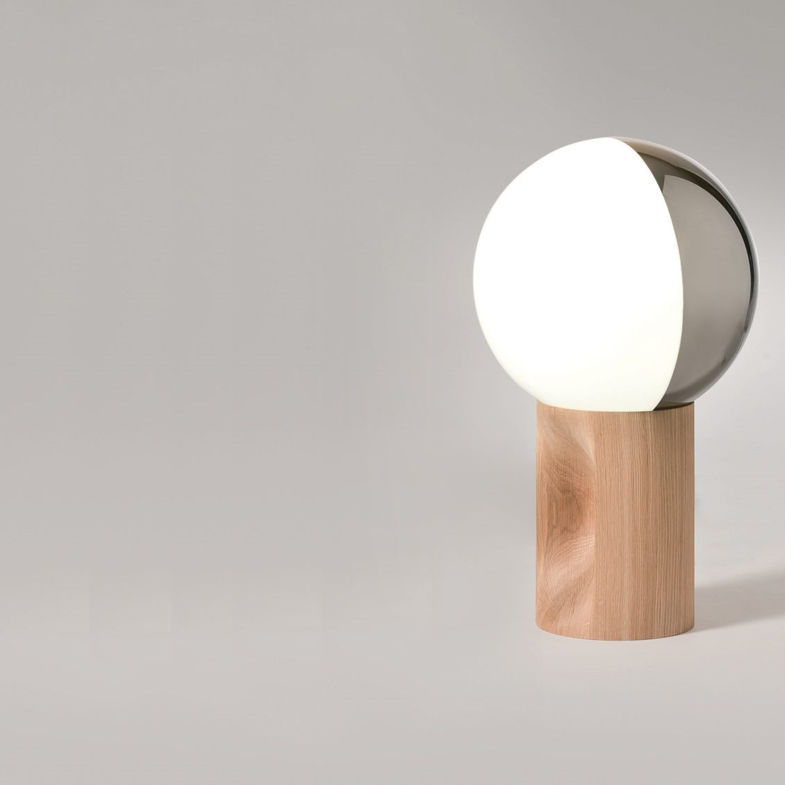 JE SUIS table lamp