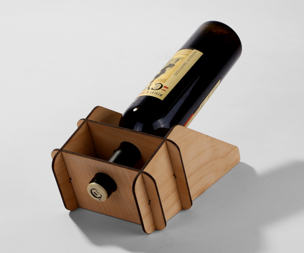 WINE BOTTLE STAND for one bottle